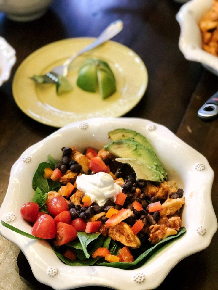 Free Recipe for a delicious kid-friendly chicken burrito bowl the whole family will love!