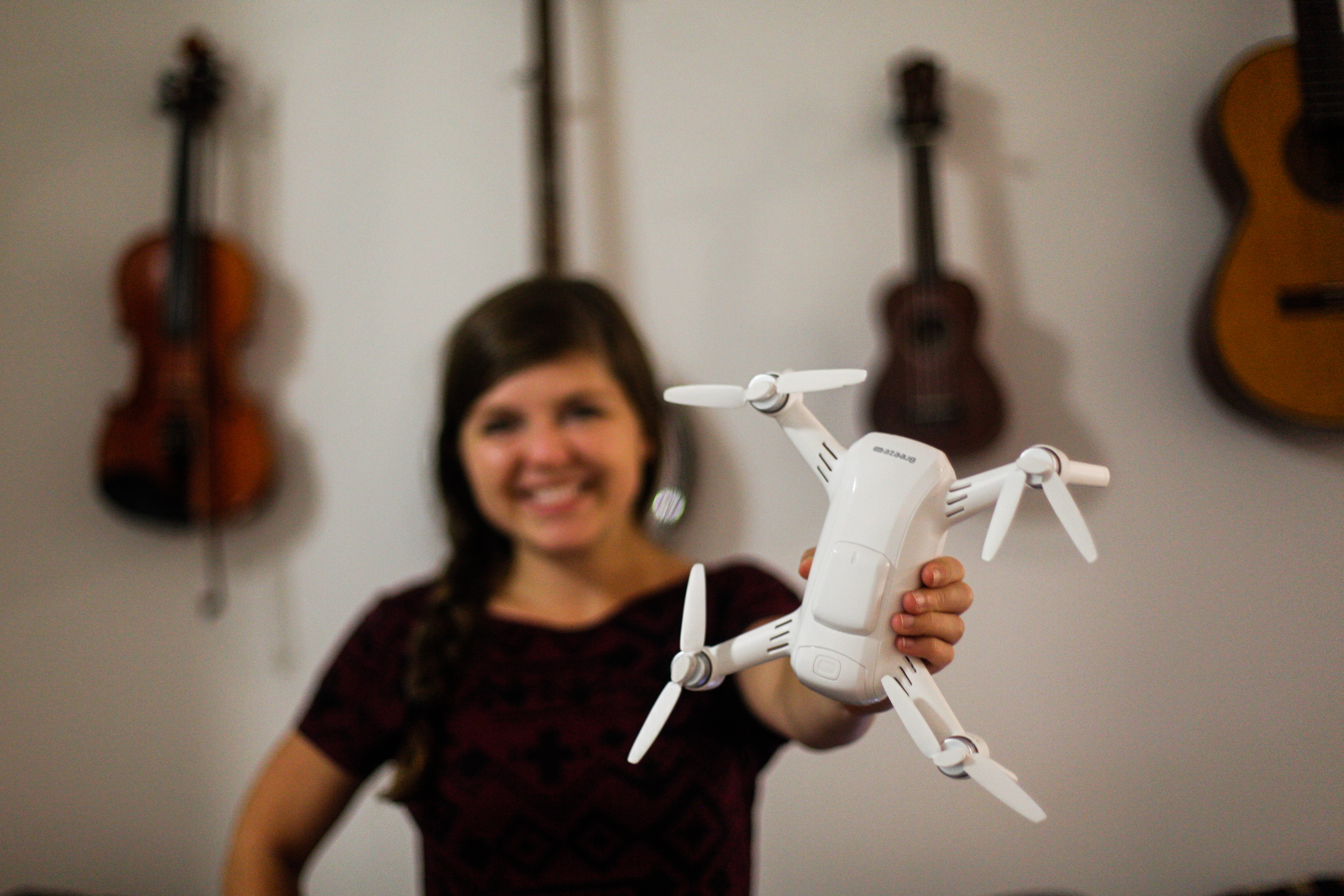 Yuneec Breeze review: an easy-to-fly selfie cam drone - The