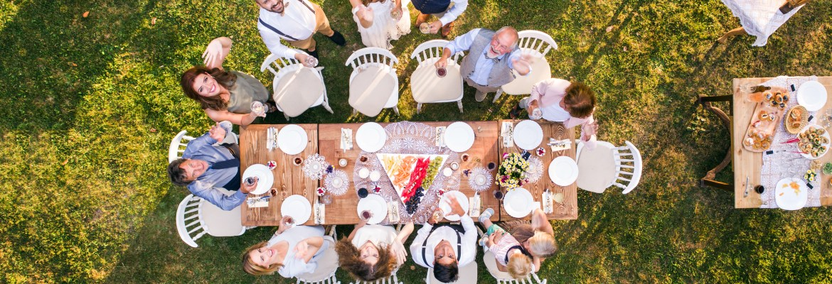 tips for using a drone photograph wedding