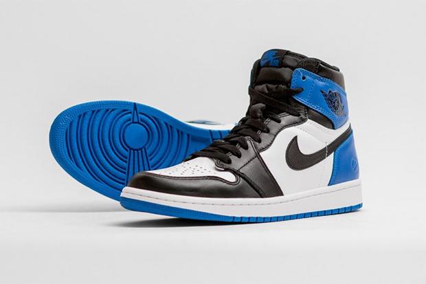 We Take a Look at the fragment design x Air Jordan 1