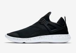 jordan-fly-89-training-shoe-black-white-940267-010-03