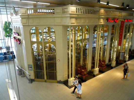 schiphol-grand_cafe_het_paleis