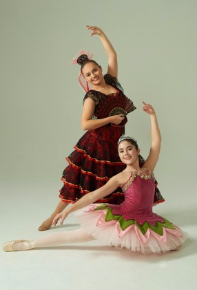 nutcracker17dunmore-girls.jpg