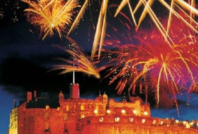 Hogmanay   Celebrate New Years in Edinburgh at the Dunstane Houses     Hogmanay is a traditional three day Scottish winter festival to welcome in  the New Year  Every year  thousands of people flock to Scotland s vibrant  capital