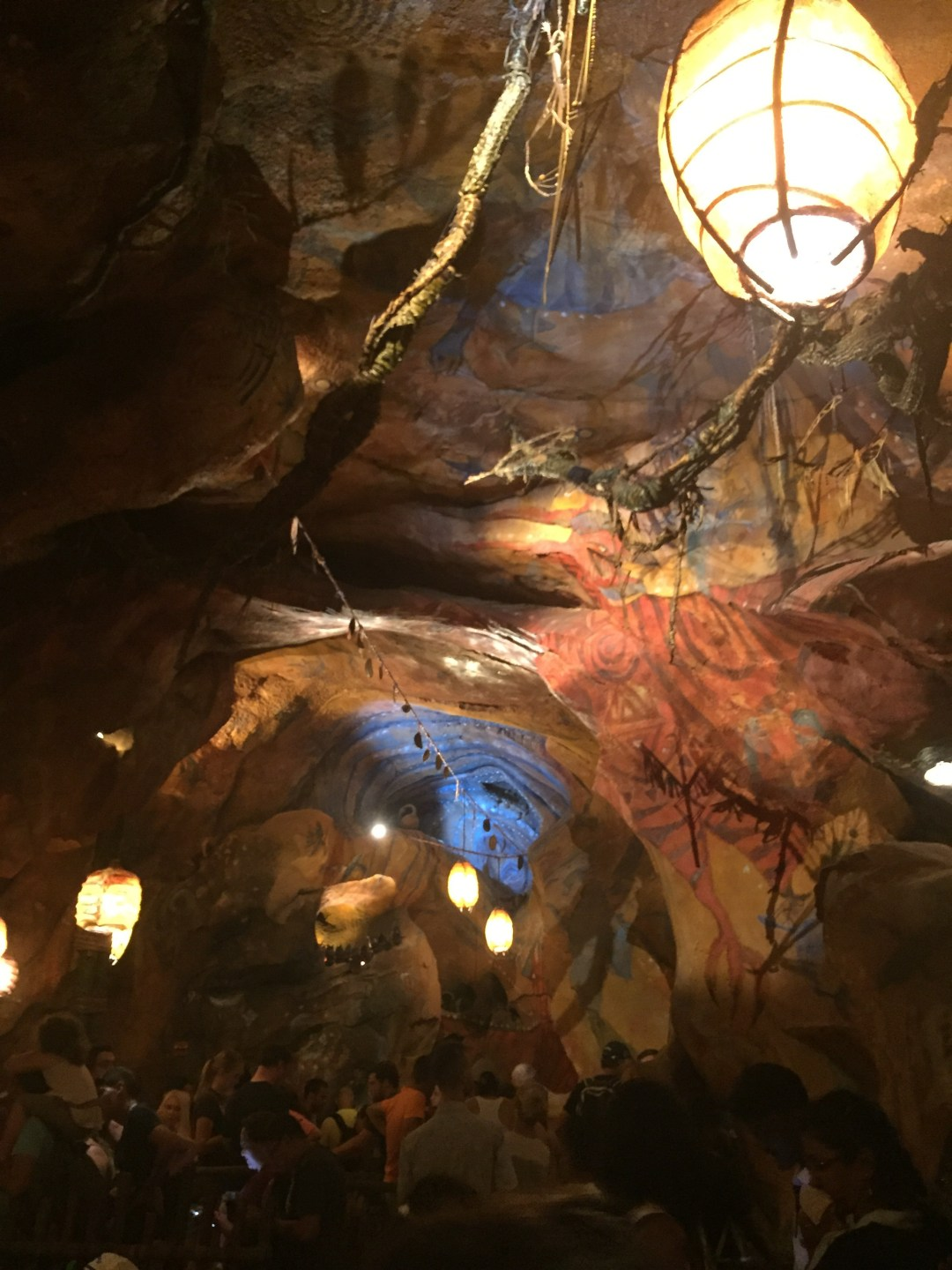 Banshee cave; flight of Passage queue