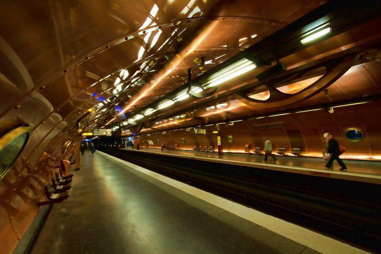 1024px-Ligne_11_-_Arts_et_métier.jpg