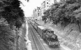 A train at the station in 1909.