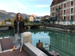 Lovely Lina in Lovely Annecy