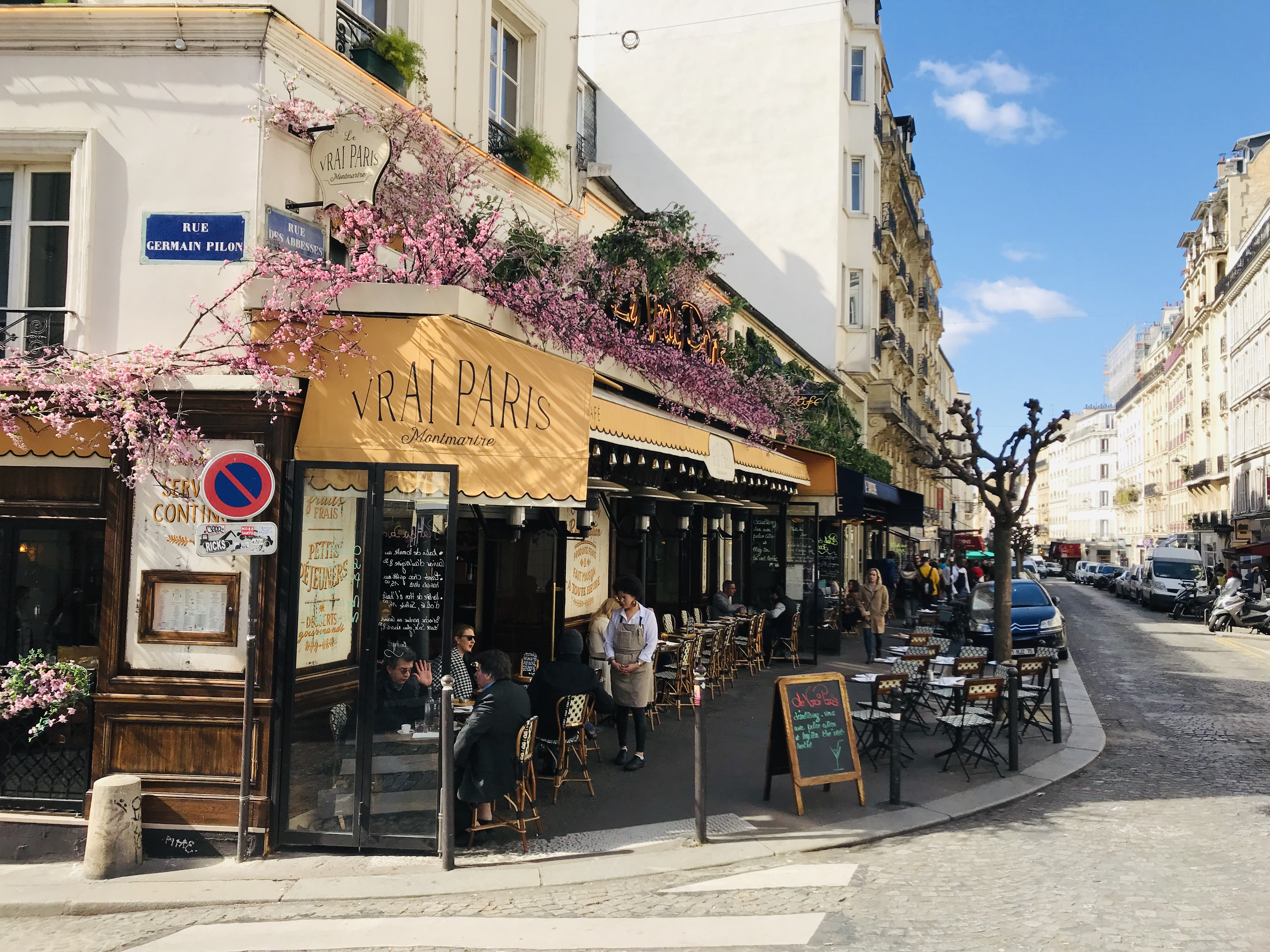 37c2460fa6 Is Paris the perfect city for walking? - The Earful Tower