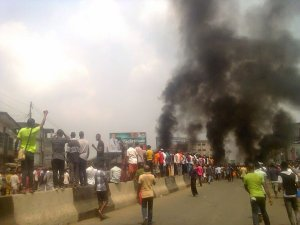 "Pro-Biafra protests in Aba (Credit"" Nairaland.com)"