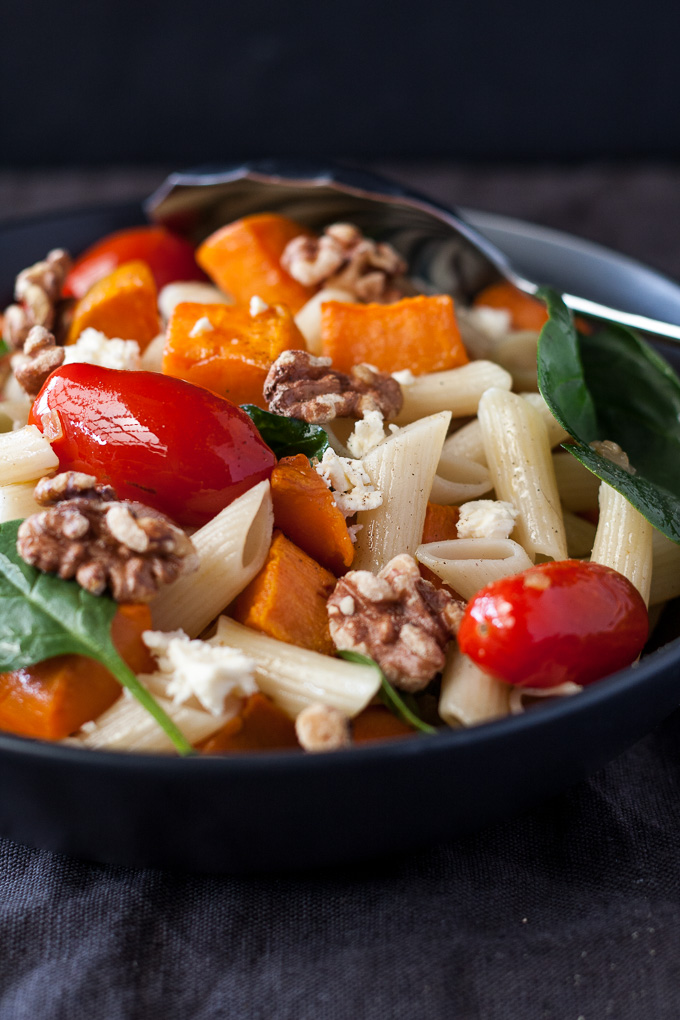 Easy salad with the goodness of walnuts, sweetness of roasted tomatoes and sweet potato and made with Italian organic pasta