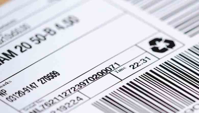 Sustainable eCommerce returns eCommerce shipping label close up