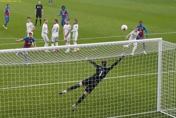 Eze shines as Crystal Palace beat Leeds United 4-1