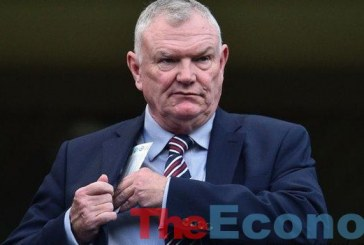 Racism:Clarke resigns as FA chairman