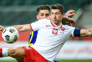 Lewandowski out of World Cup qualifier against England