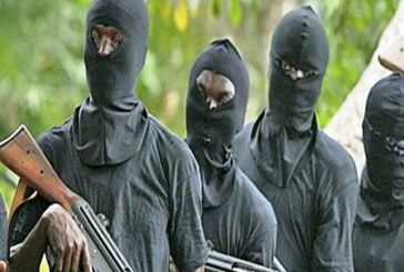 Unidentified Gunmen invade Ekiti palace, abduct traditional ruler