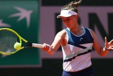 French Open: Krejcikova beats Gauff to reach semi-final