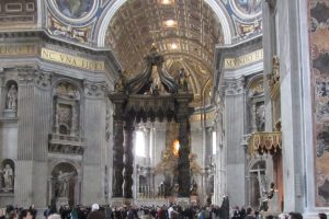 Baldacchino, Visit Vatican City with KIDS, www.theeducationaltourist.com