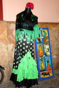 green and black flamenco dress, Flamenco, www.theeducationaltourist.com