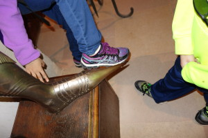 Pointy shoes on suit of armor, Visit Madrid, www.theeducationaltourist.com