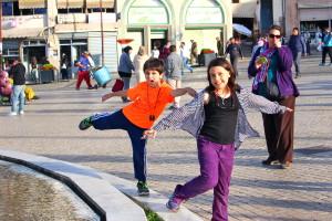 kids on a fountain, travel myths