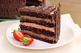 chocolate layered cake, Traveling with Kids: Top Tips, www.theeducationaltourist.com