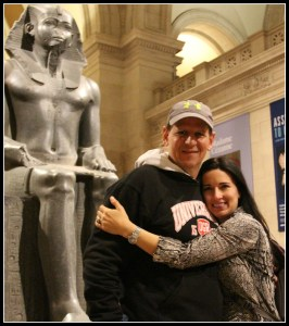 Couple at the MET, vacation benefits to your health, www.theeducationaltourist.com
