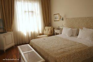 bedroom, Sari Konak Hotel in Istanbul, www.theeducationaltourist.com