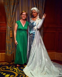 woman with Elsa from Frozen at Disney, Disney Made Easy, www.theeducationaltourist.com