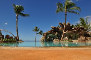 Infinity pool from Aulani resort Hawaii