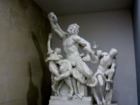 Lacoon and Sons statue in the Vatican, travel guides for kids, www.theeducationaltourist.com