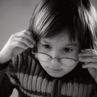 Farsighted children struggle with attention, study finds