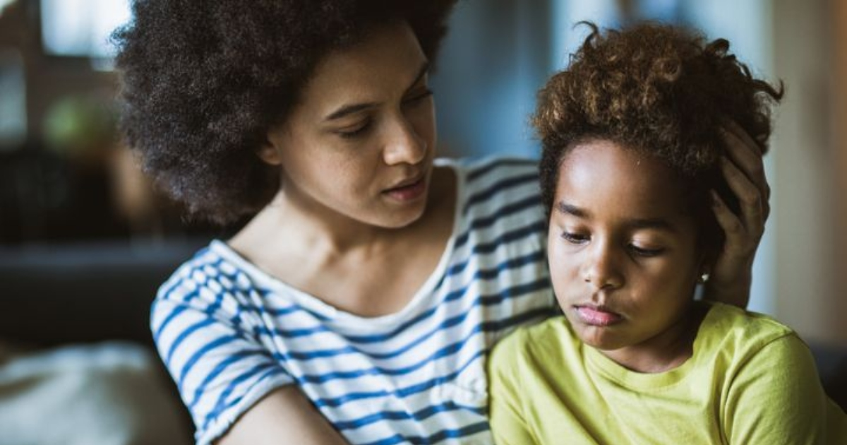 A mother looking out for her child. Parents with parent anxiety are constantly worried about their children. Photo: Getty Images.