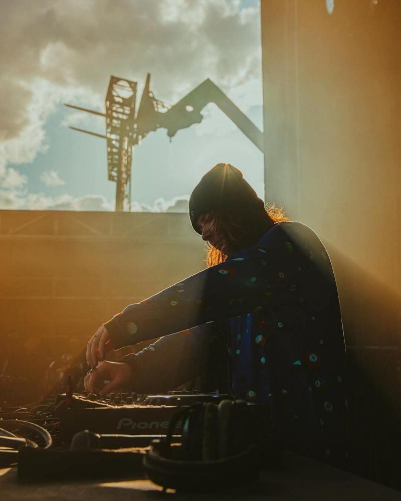 Mutiny Music Collective Singularity Allie Mischen Electric Hawk