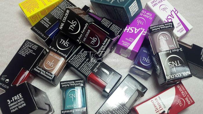 TNS Cosmetics nail polish