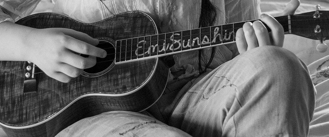EmiSunshine Announces New Wednesday YouTube Videos and Facebook Live Fridays!