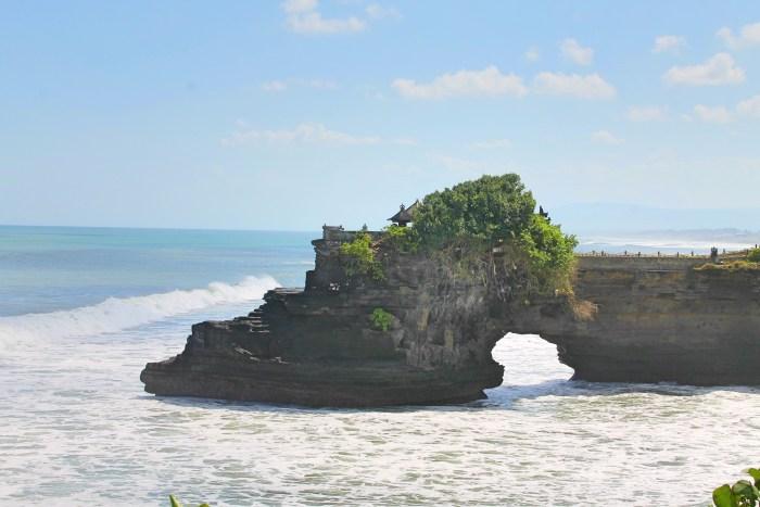 Tanah Lot Hindu Temple Bali, Indonesia