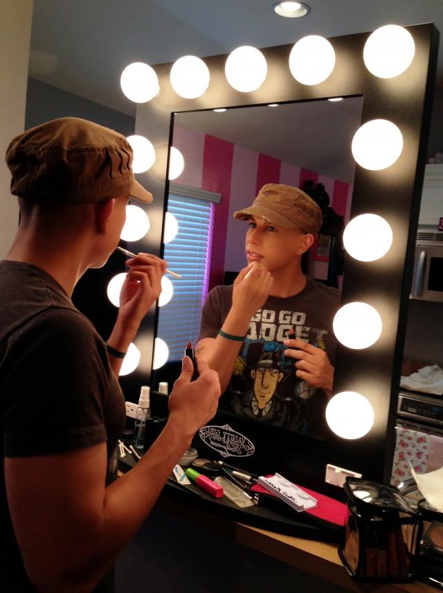 Makeup Mirror With Lights Diy