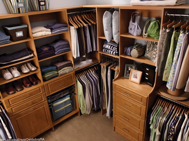 Built In Closet Storage Systems