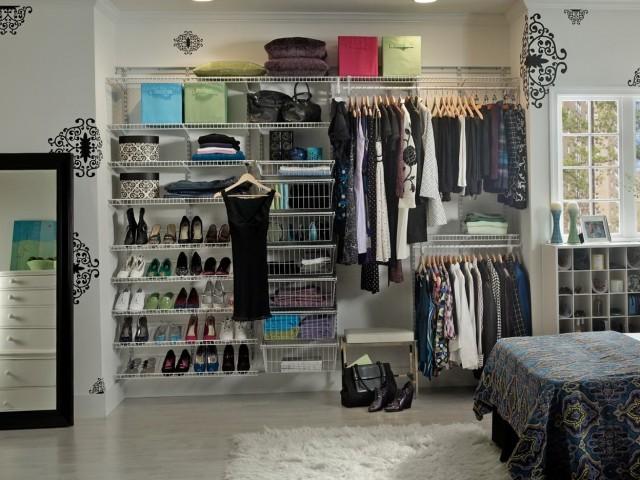 Creative Closet Shoe Storage