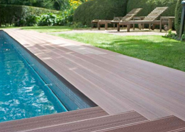 Swimming Pool Decking Options