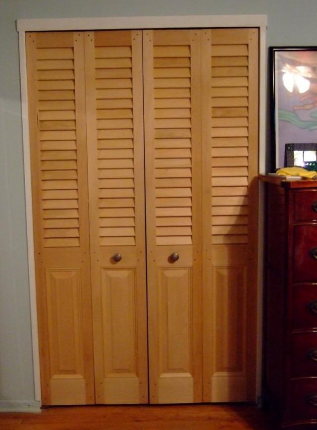 Louvered Bifold Closet Doors