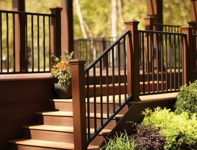 Build Deck Stairs Railing