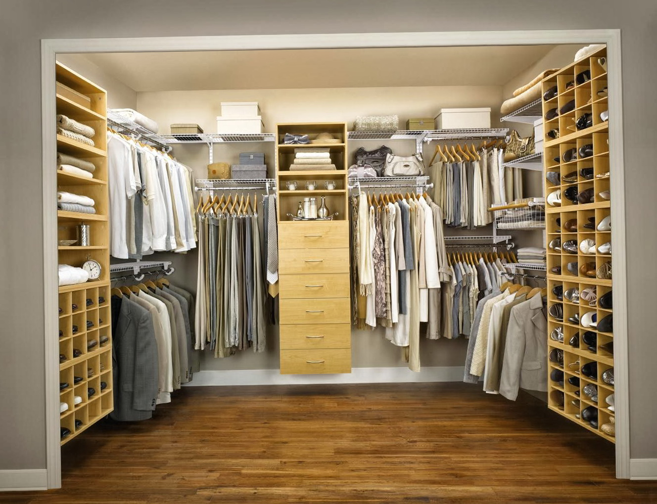 Master Bedroom Closets Designs