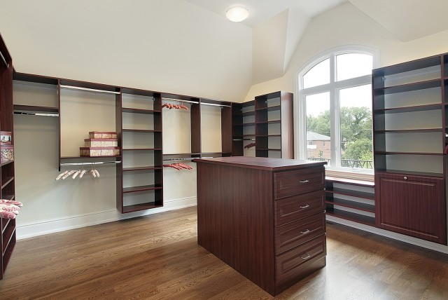 Pictures Of Master Bedroom Closets
