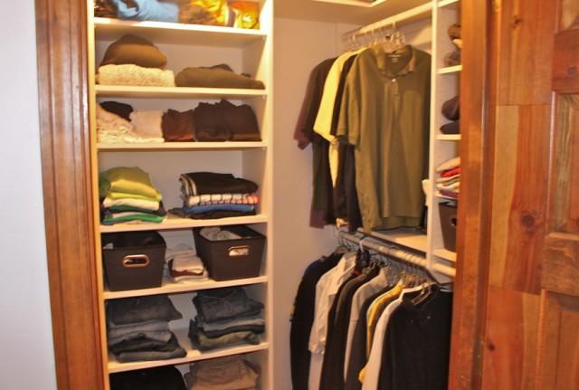 Small Walk In Closet Design Ideas