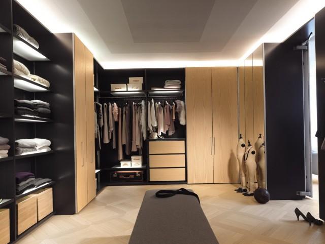 Walk In Closet Furniture Pieces