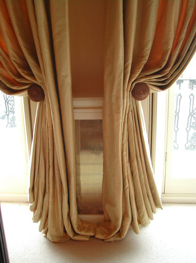 Curtain Holdbacks Uk
