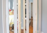 mirrored sliding closet doors for bedrooms