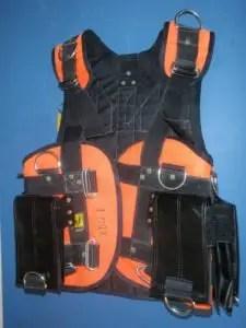 Harness for underwater welding